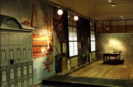 """""""Buseet"""", miljöbild av ett flertal muralmålningar Göteborgs Stadsmuseum, 1996"""