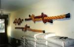 """""""Knop och knut"""", entrédekoration, vinyl på vägg, ca 150 cm hög, Flatås Måleri AB, Stigbergsliden 17, Göteborg, 1997"""