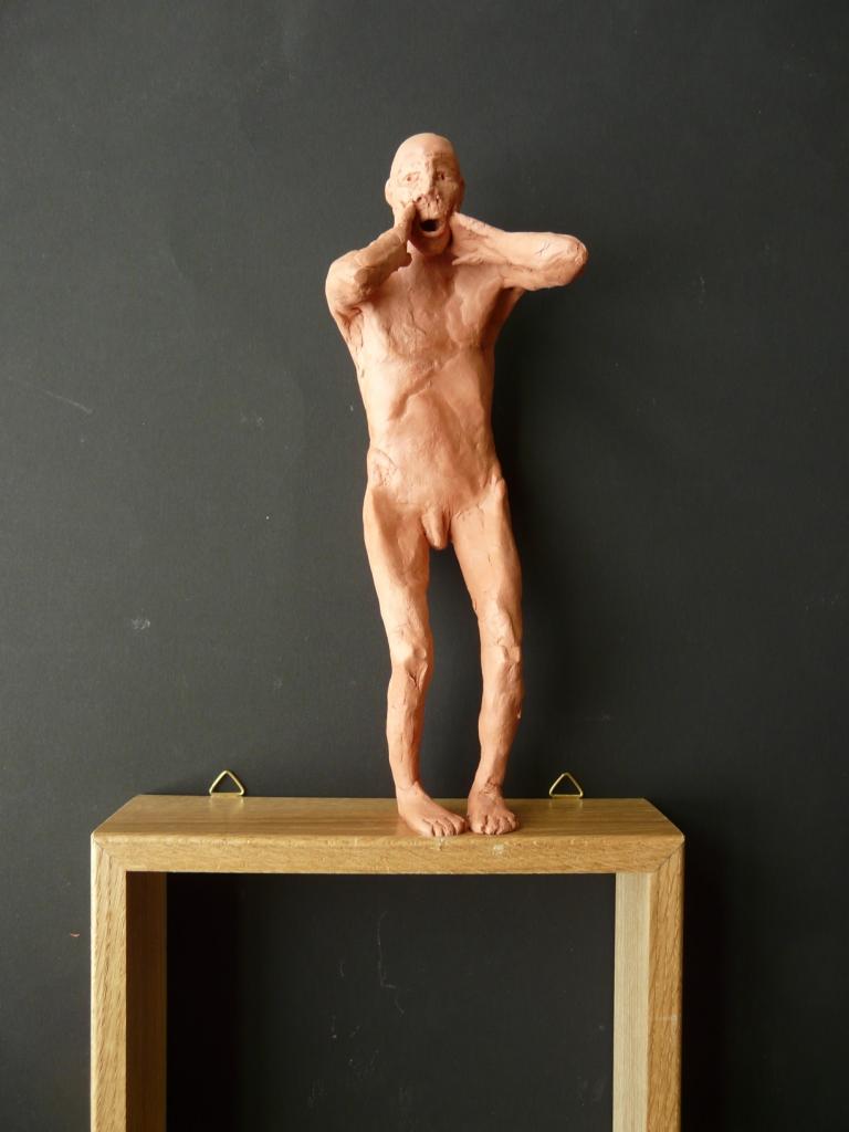 """""""Man 12"""", lufttorkad lera i låda av ek, 2008"""