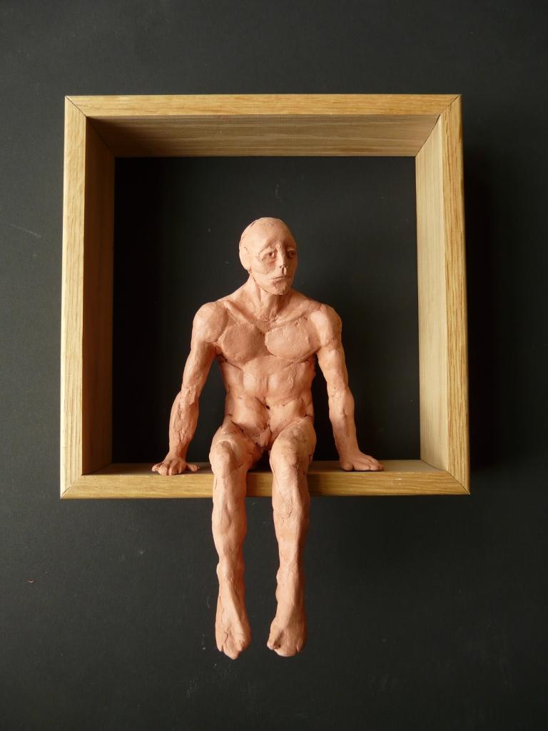 """""""Man 15"""", lufttorkad lera i låda av ek, 2008"""