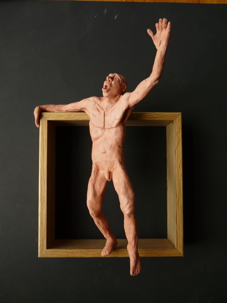 """""""Man 16"""", lufttorkad lera i låda av ek, 2008"""