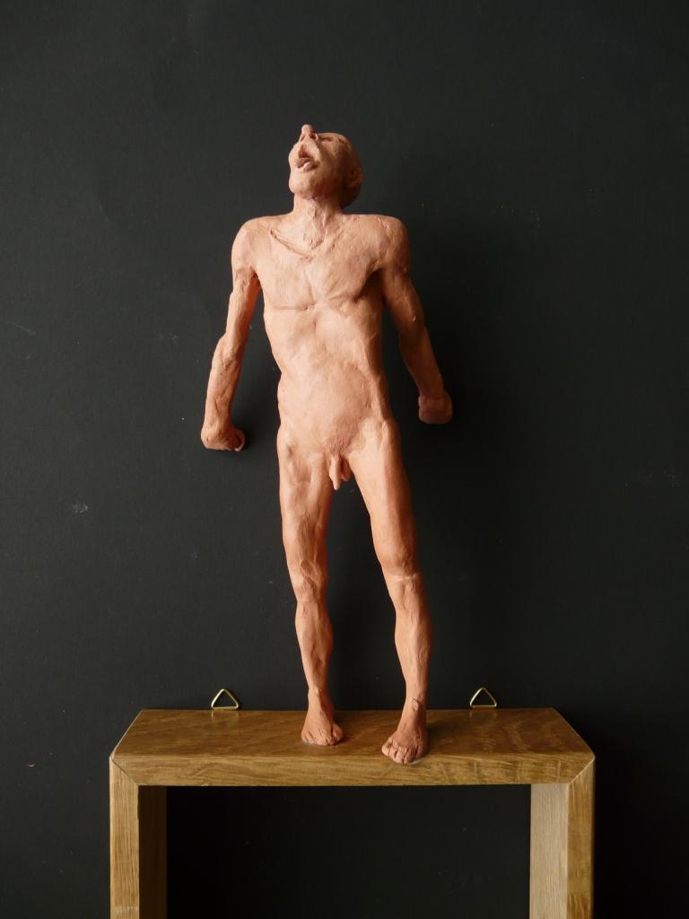 """""""Man 21"""", lufttorkad lera i låda av ek, 2008"""