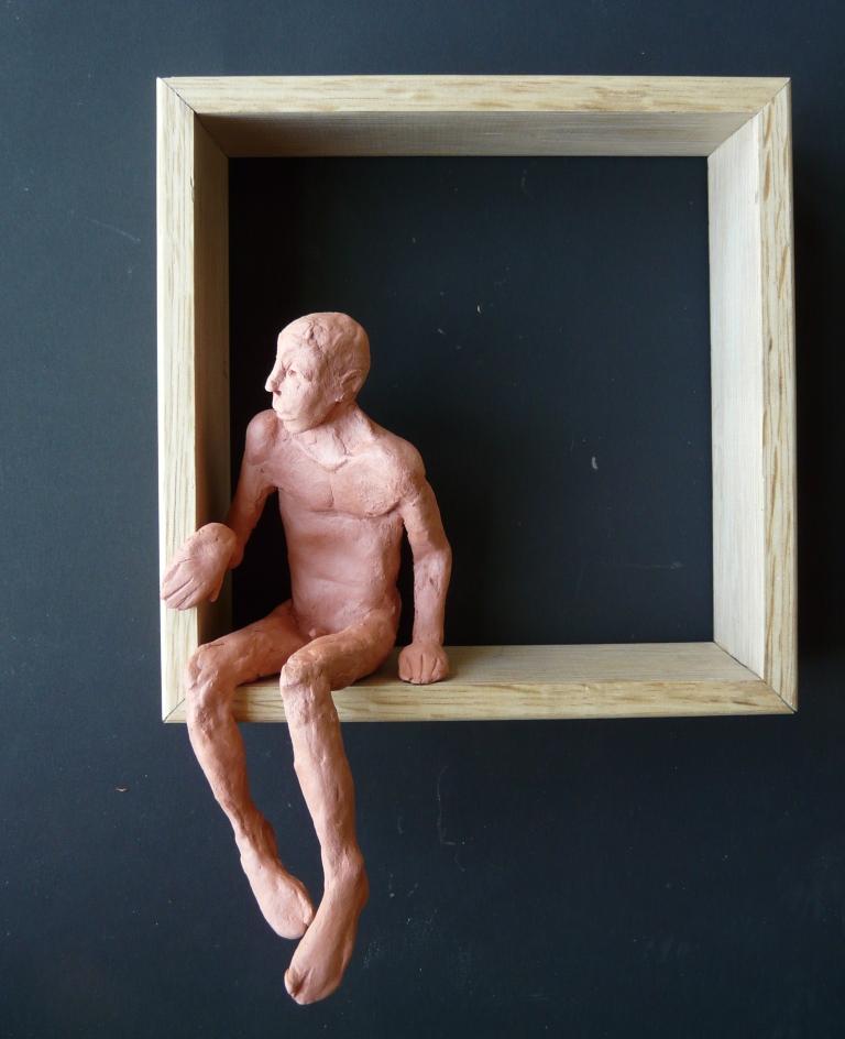 """""""Man 31"""", lufttorkad lera i låda av ek, 2008"""