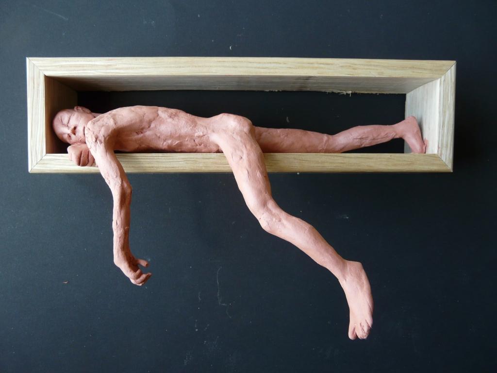 """""""Man 38"""", lufttorkad lera i låda av ek, 2008"""